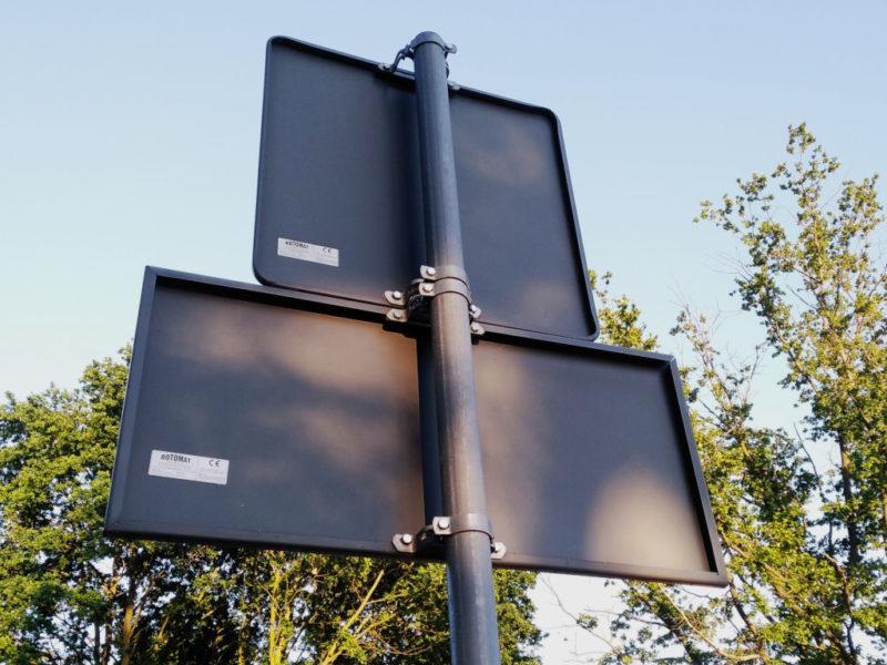 mocowanie znaków drogowych, elementy montażowe znaków drogowych, uchwyt do montażu znaków drogowych